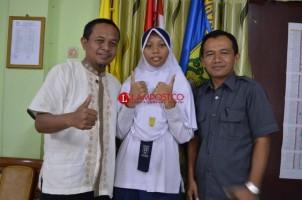 Rahma Nur, SiswaSMP Al Kausar Raih Nilai UN Tertinggi di Lampung