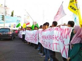 Rakyat Menjerit, Harga BBM Nonsubsidi Terus Naik