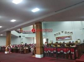 Rapat Paripurna DPRD Tulangbawang Barat Molor Satu Jam