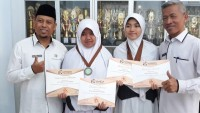 Ratu dan Annisa Harumkan Nama Lampung di Negeri Jiran