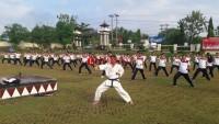 Ratusan Anggota Kepolisian Polres Lampung Utara Latihan Bela Diri