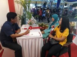 Ratusan Pengunjung Lampung Fair Konsultasi Jasa Keuangan