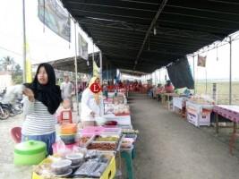 Ratusan Penjual Takjil Ramaikan Suasana Ramadan di Pringsewu