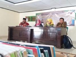 Relawan Literasi Kembangkan Perpustakaan Desa di Lampung Timur
