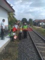 Remaja Terserempet Kereta Api Babaranjang di Kotabumi