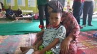 Repan, Bocah 8 Tahun yang Sebatang Kara di Pengungsian