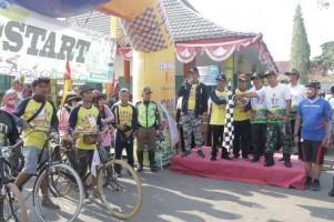 Ribuan Pesepeda Ramaikan Gowes Nusantara di Pringsewu