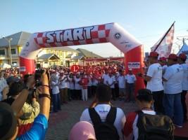 Ribuan Peserta Ikuti Jalan Sehat Kementerian BUMN