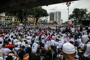 Ribuan Warga Malaysia Tuntut Perlindungan Hak Muslim