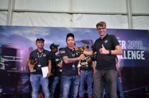 Rivaldi Terpilih Jadi Pengemudi Truk Volvo Terbaik 2018