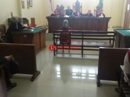 Riya Susana Didakwa Dua Pasal Kasus Penipuan BPKB Palsu