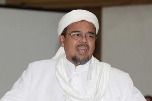 Rizieq Dilaporkan Warga Mekkah karena Bendera IS