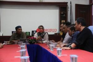 RNJ-2P Sambangi Lampung Post