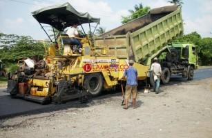 Ruas Jalan Bakauheni-Bandar Lampung Diperbaiki, Target Selesai H-10 Lebaran