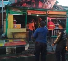Rumah Makan Terbakar Kerugian Rp30 Juta