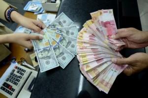 Rupiah Terjungkal ke Level Rp15.120/USD