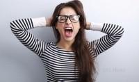 Rutin Menangis dan Stres