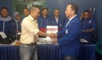 Rycko Ambil Berkas Penjaringan PAN Bandar Lampung