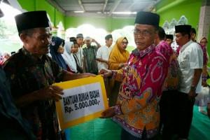 Safari Ramadhan di Ketapang, Pemkab Lampung Selatan Beri Santunan