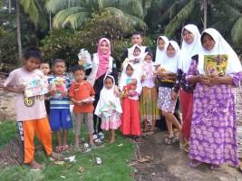 Sahabat Ceria Bantu Masyarakat Pulausebesi