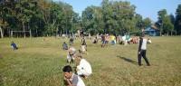 Sambut Kemerdekaan Ke-74 RI, Warga Margaasri Gelar Gotong Royong Bersihkan Lapangan