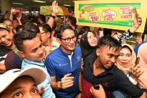 Sandi Tuding Jokowi Enggan Adu Program, TKN: Main Sandiwara Lagi . .