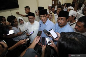 Sandiaga Kirim Al Fatihah Doakan Petugas KPPS Wafat di Surabaya