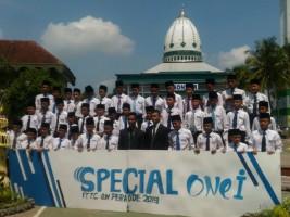 Santri Pondok Darussalam Gontor Antusias Ikuti Perfotoan Kelas