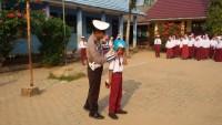 Satlantas Polres Pesawaran Rutin Sosialisasi Keselamatan Berkendara ke Sekolah