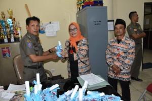Satpol PP akan Distribusikan KTP-El Warga di 19 Kecamatan