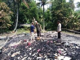 Satu Rumah Warga Ludes Terbakar di Rawapitu