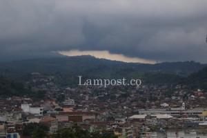 Sejumlah Wilayah Lampung Berpotensi Hujan Ringan