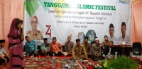 Sekda Sambung Ayat dengan Peserta Tanggamus Islamic Festival