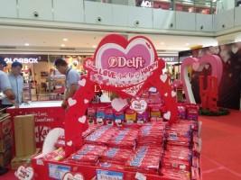 Semarakkan Hari Valentine, MBK Gelar Bazar dan Kontes Foto