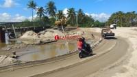 Sempat di Guyur Hujan Lebat,  Jalur Perlintasan Mandirisejati Masih Aman Diilalui Kendaraan