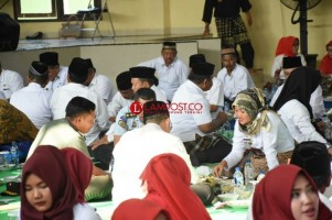 Seruit Simbol Kebersamaan dalam Festival Cuwak Mengan