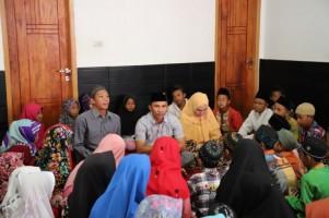 Setahun Kepemimpinan Parosil-Mad Hasnurin Berbagi dengan Yatim Piatu