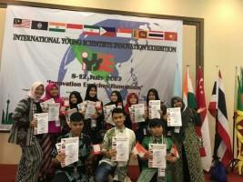 Siswa Lazuardi Raih EmpatMedali Ajang IYSIE di Malaysia