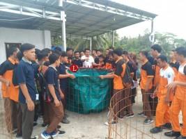Siswa SMK Dapat Pelatihan Budi Daya Lele dan Patin dari Ketua APCI