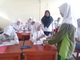 SMAN 6 Bandar Lampung dan IZI Lampung Adakan Program Wakaf Buku