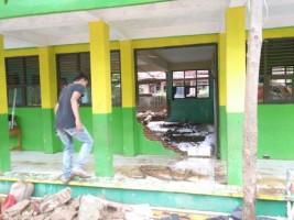 SMPN 34 Terkena Dampak Banjir, Kegiatan Belajar Mengajar Besok Tetap Aktif