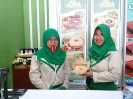Suka Durian? Cicipi Tebalnya Durian Dalam Olova Cake