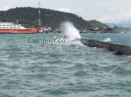 Syahbandar Warning Gelombang Tinggi di Perairan Selat Sunda