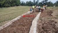Tak Ada Papan Informasi, Pembangunan Jalan di Desa Cugung Dikeluhkan
