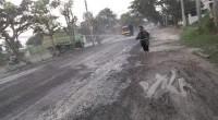 Tak Kunjung Diperbaiki, Warga Keluhkan Jalan Ryacudu Yang Berdebu