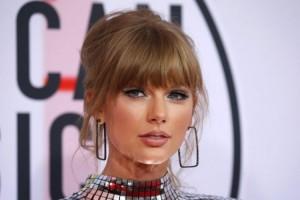 Taylor Swift Bakal Pesta Perkawinan di Inggris