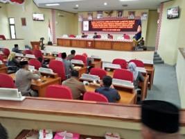 Tidak Kourum, Paripurna DPRD Lambar Terpaksa Diskor 1 Jam