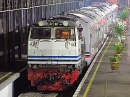 Tiket Kereta Api Masih Tersisa 8 Ribu Kursi