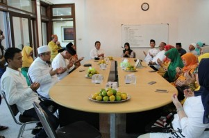 Tim Kerja Pemenangan Buka Bersama Bareng Arinal-Nunik