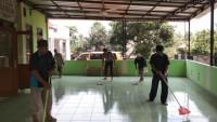 Tim Peduli Rumah Ibadah Polres Pesawaran Bersihkan Musala
